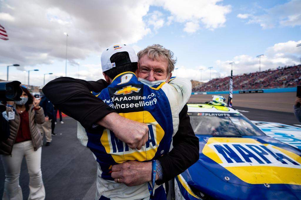 CHASE ELLIOTT; BILL ELLIOTT; NASCAR; PHOENIX;
