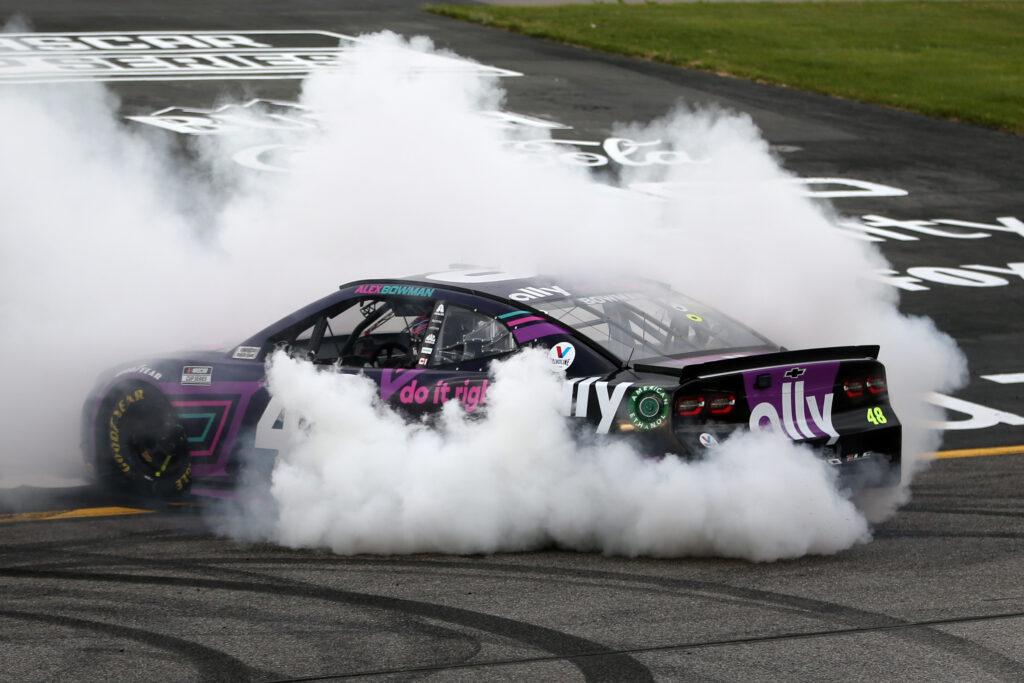 ALEX BOWMAN; NASCAR; RICHMOND; VITÓRIA;
