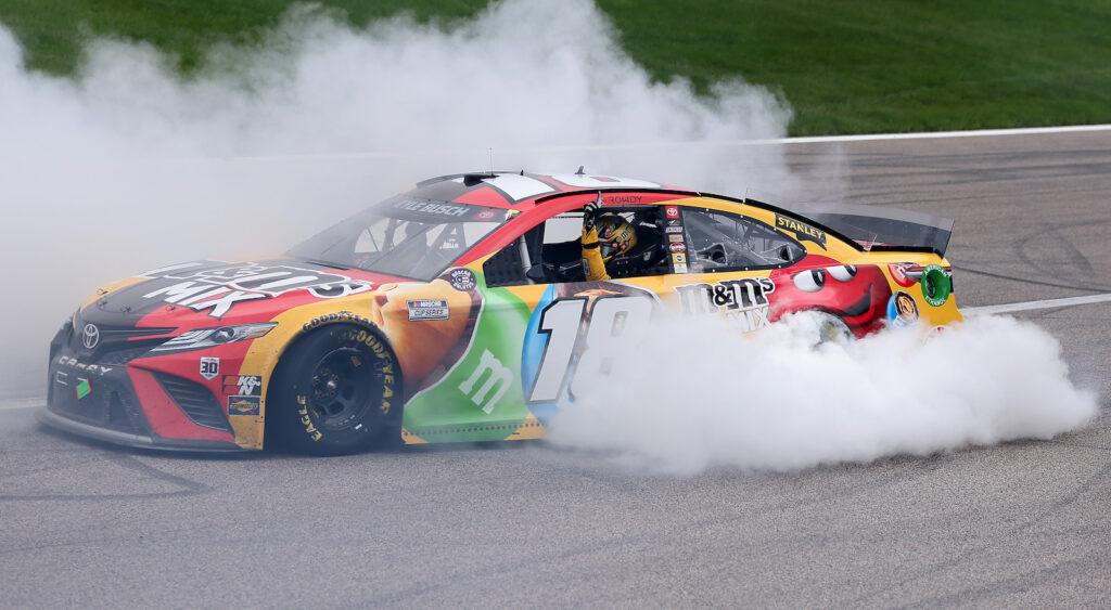 KYLE BUSCH; NASCAR; KANSAS;